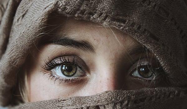 eyes woman