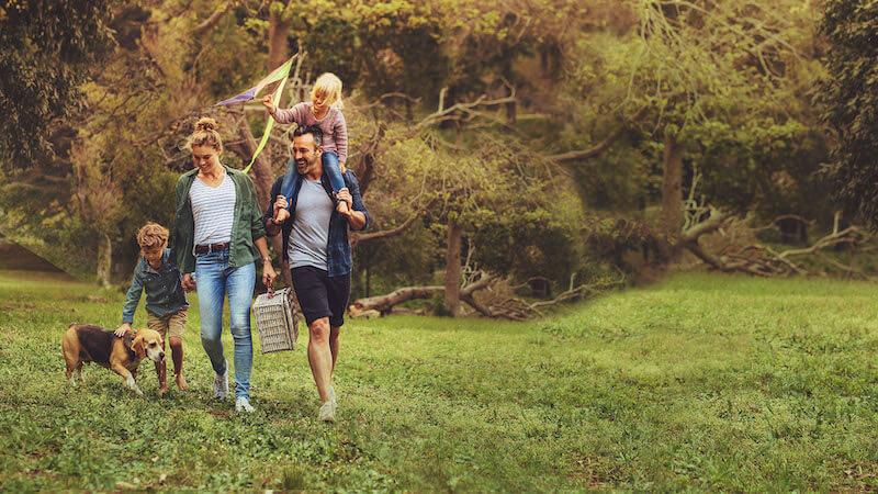 Medi-Share Family Enjoying a Walk