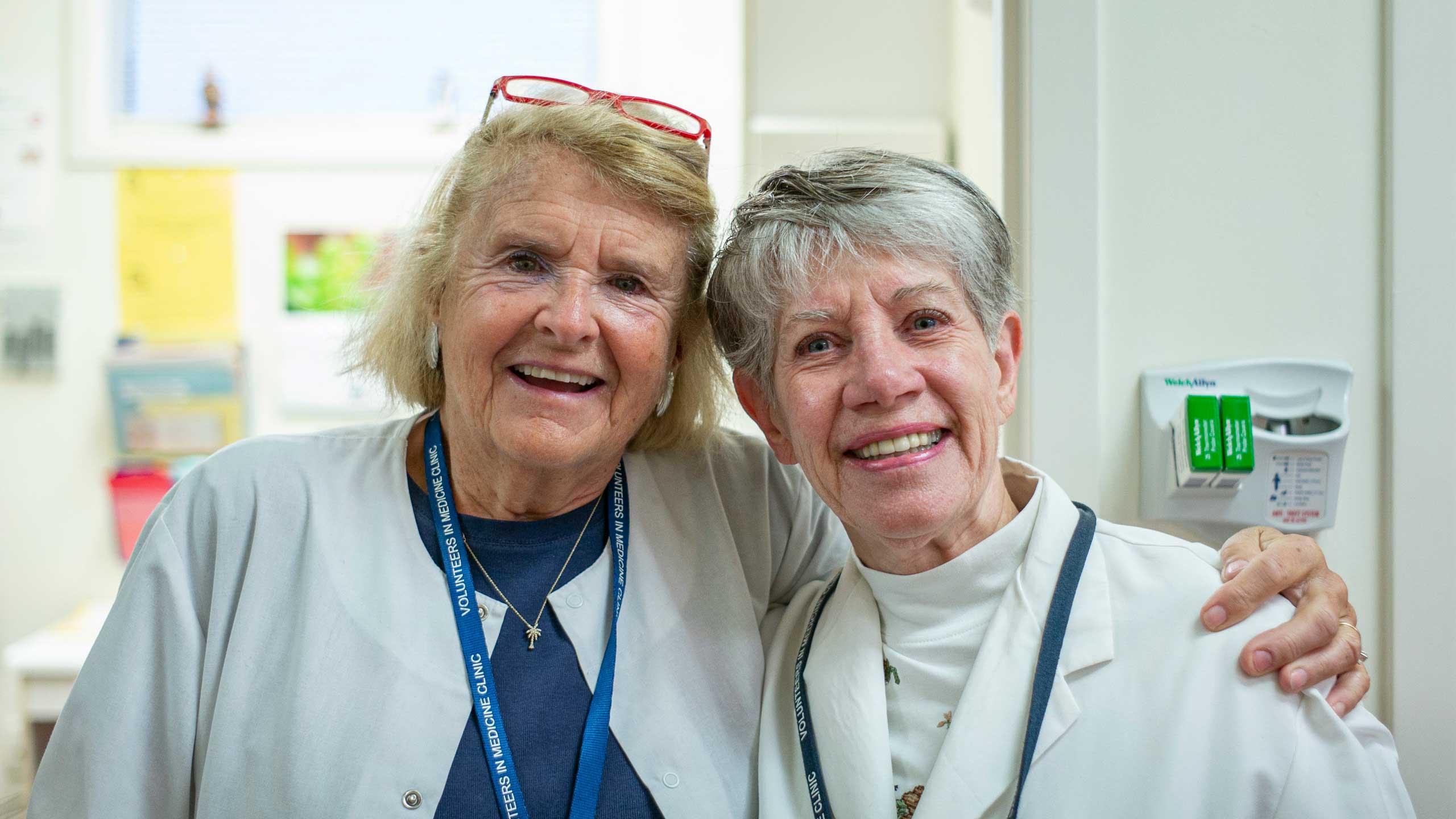 Volunteers from Volunteers in Medicine America posing for a picture
